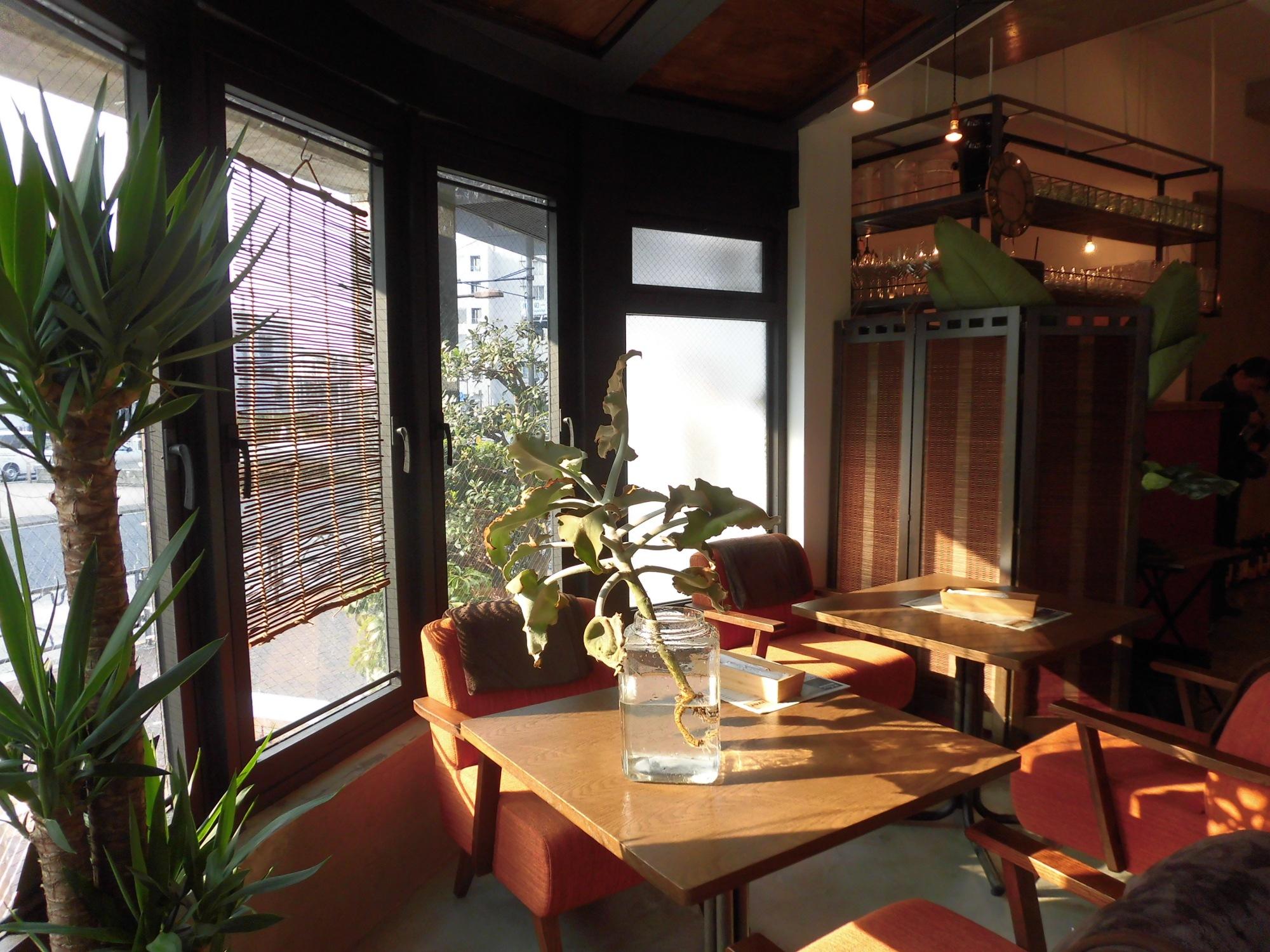 Cafe&dining deliver